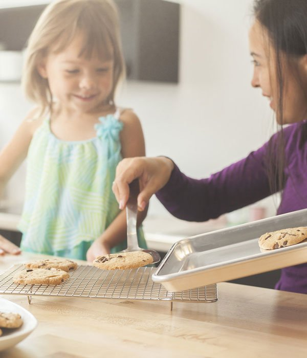 baking chewy oat cookies