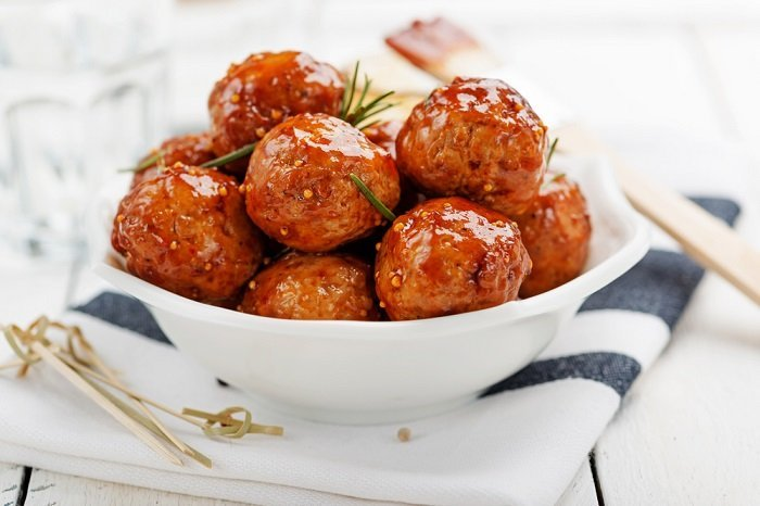 Easy appetizer spiced meatballs