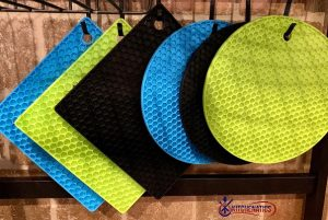 kitchenware hanging silicone trivets