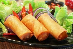 low-calorie lamb and cheese rolls