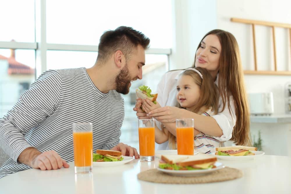 Happy family healthy eating