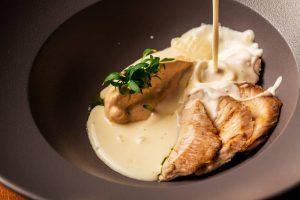 Keto turkey recipe with cream cheese sauce