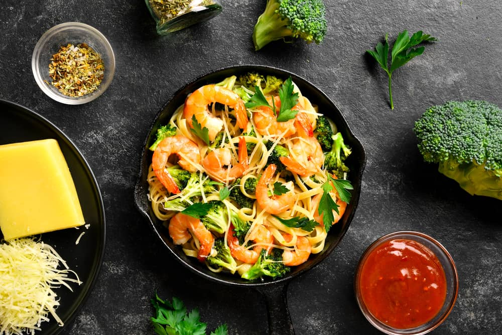 Pasta with Shrimp and Broccoli