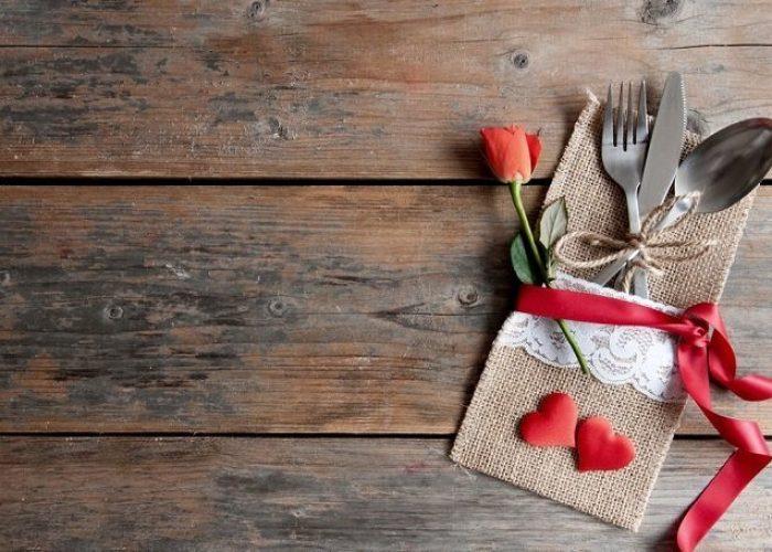romantic-meal-setting